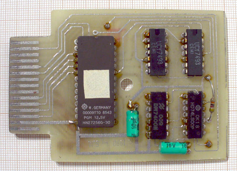 http://seban.pigwa.net/jd_retro/cart_dumps/AST_Multicartridge_v1.0/photos/ast_multicart_pcb_top.jpg