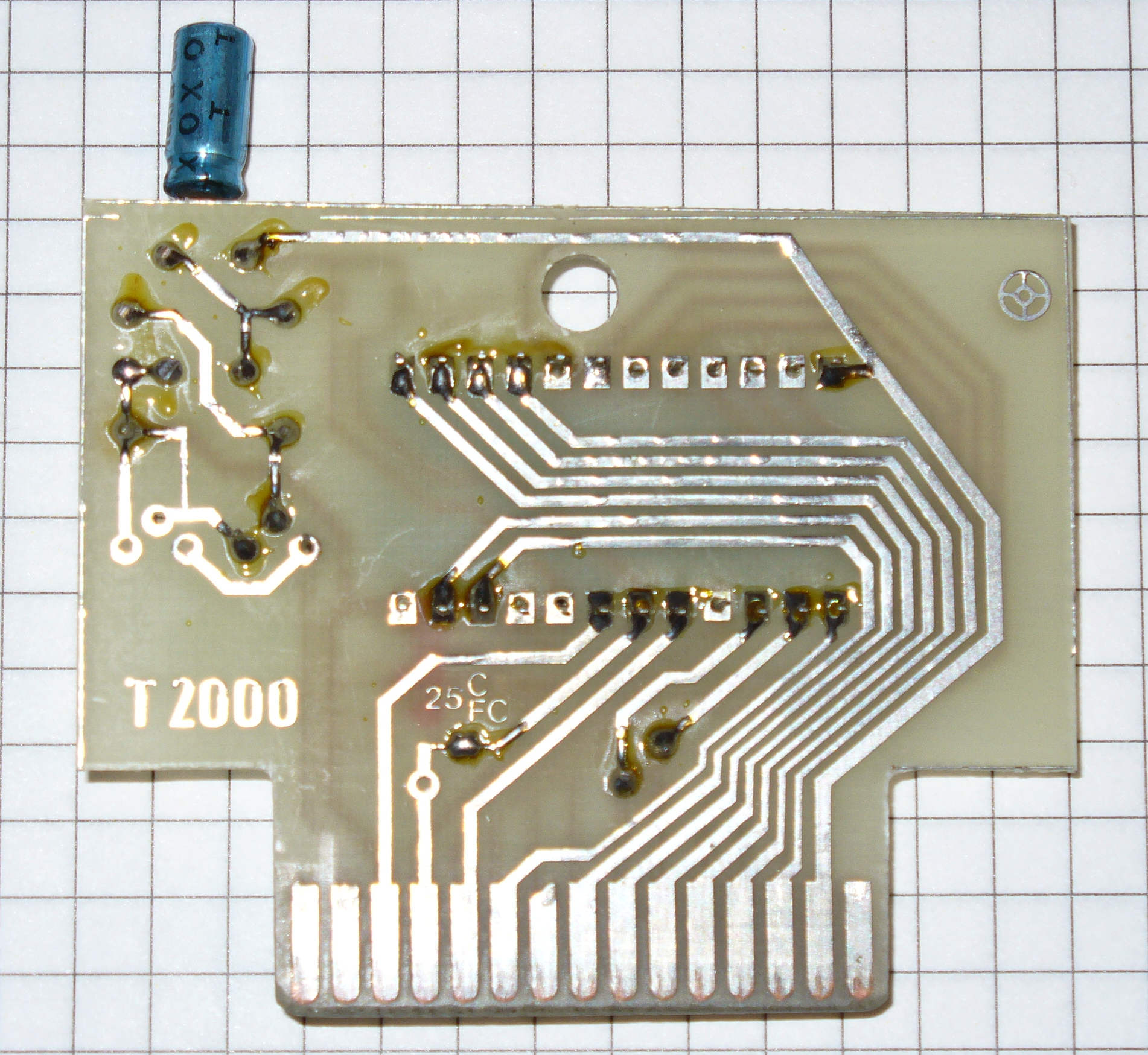 http://seban.pigwa.net/uicr0bee/carts/Turbo2000F_copy/Turbo2000F_copy_pcb_top.jpg